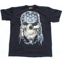 Tee shirt pirate avec bandana